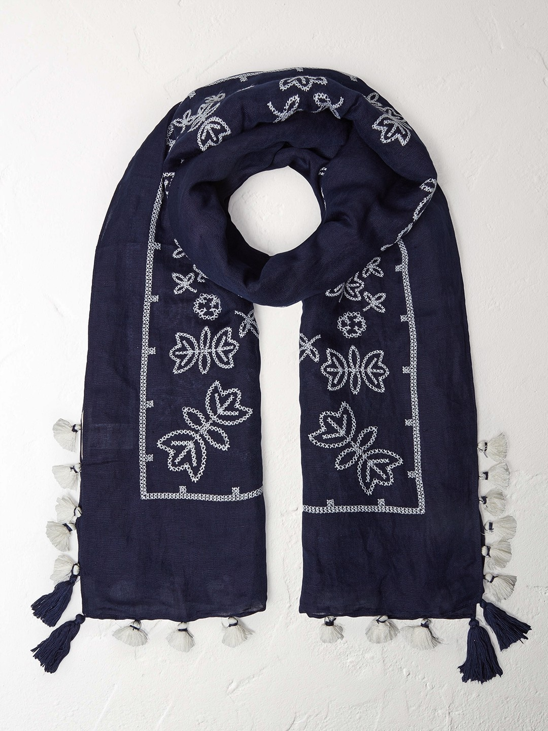 1GB Japanese cross stitch scarf